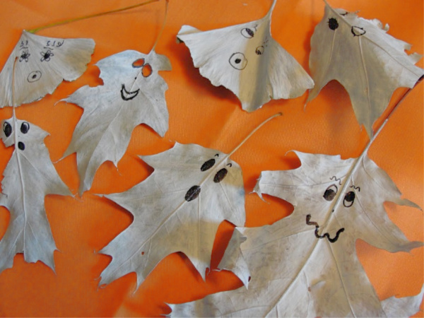 halloween ghost leaves
