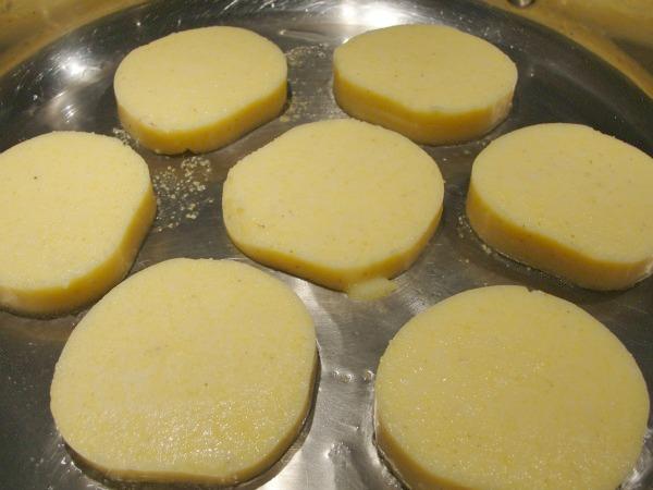 polenta cakes in pan