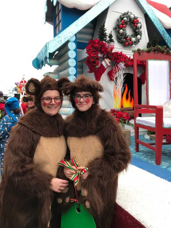 christmas parade bears
