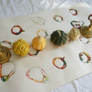 using gourds to stamp on paper a stamped runner