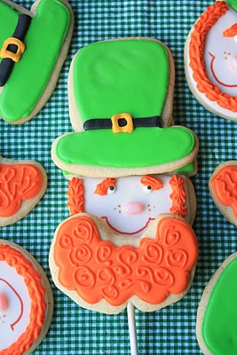 leprechaun cookie pop