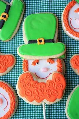 leprechaun cookie pop
