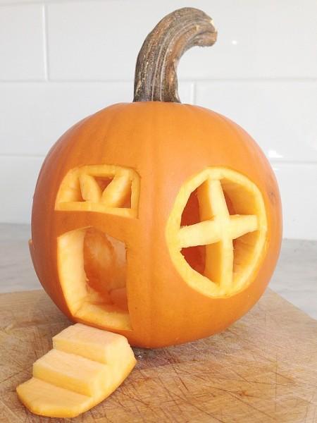 jack o lantern carved