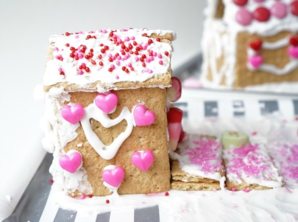 graham cracker love shack