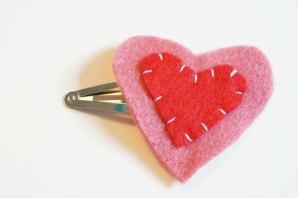 valentine felt heart hair clip