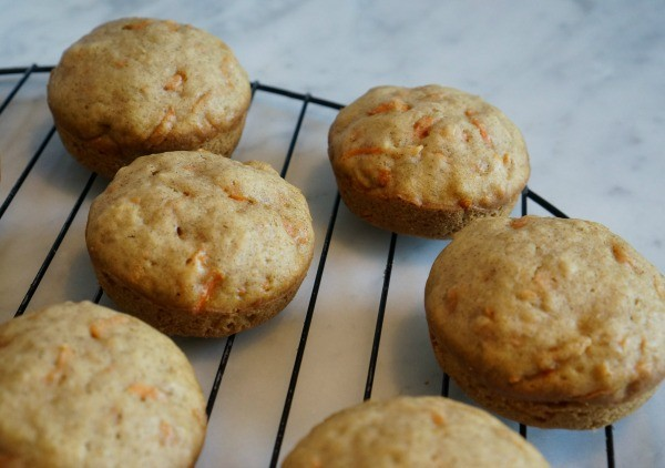 carrot cake muffins no icing