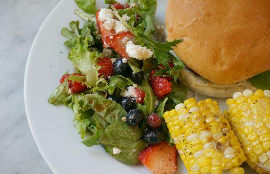 summer berry and mixed greens salad hi