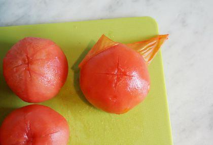 peeling tomatoes gazpacho