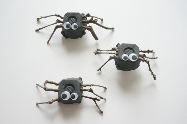 twig spider craft trio