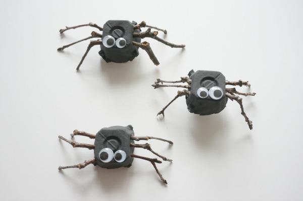 twig spider craft trio