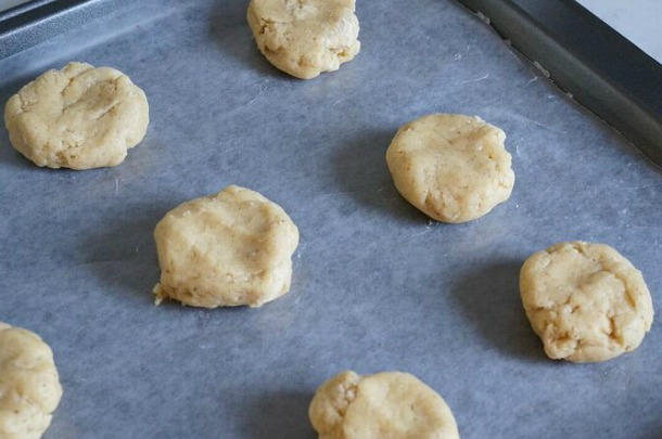 eggnog cookies unbaked on parchment