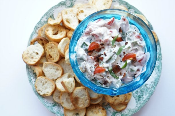 BLT sour cream dip recipe - Got a partial tub of sour cream to use up, and no idea what to do with it? These 3 easy recipes will create less food waste and wow unexpected drop-in guests (or even just your family). | YMCFood | YummyMummyClub.ca