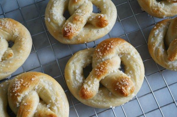 baked soft pretzels