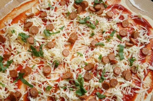 pizza pinwheel dough with sauce toppings-min