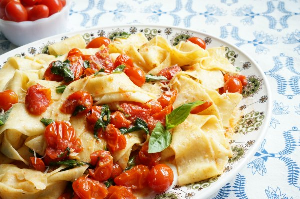 Homemade Pappardelle with Cherry Tomato Sauce