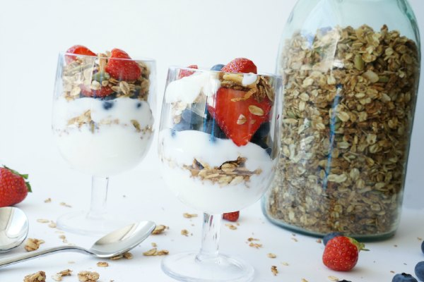 homemade granola and yogurt parfait with fresh fruit
