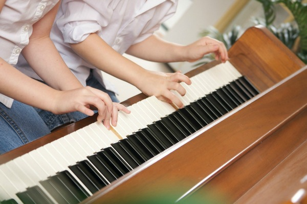 Extracurricular Activities with Kids Piano Lessons