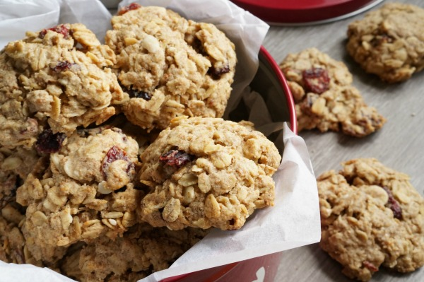 Holiday Oatmeal Cookies with Cranberries and Almonds