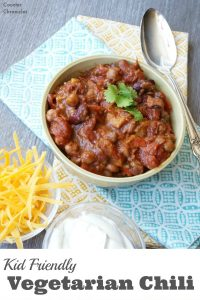 Kid Friendly Vegetarian Chili Recipe - A deliciously hearty vegetarian recipe that the kids will love...you won't miss the meat. | Meatless Recipe | Family Friendly Recipe | Chili Recipe | Vegetarian Recipe | Family Friendly Vegetarian Recipe |