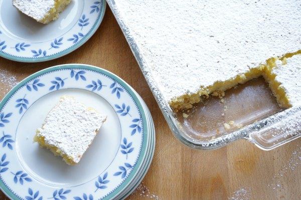 lemon bars baked and cut