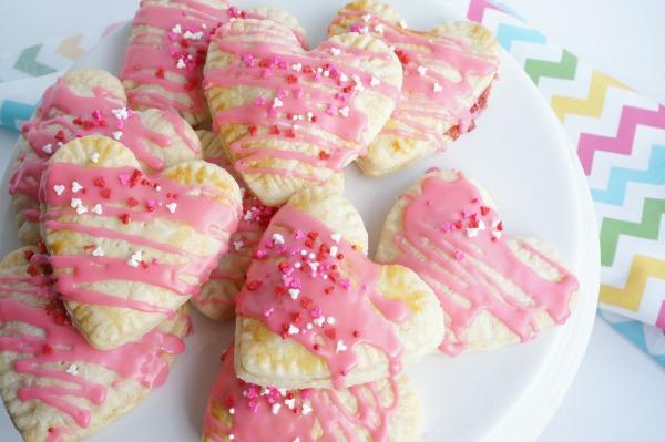 strawberry pop tart valentine's day dessert