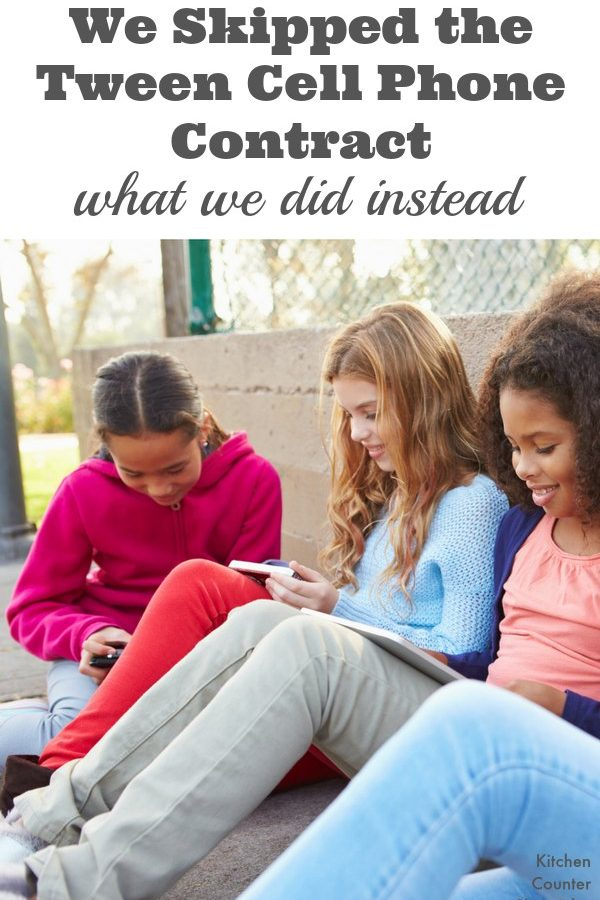 We Skipped the Tween Cell Phone Contract - Here's what we did instead. Tips for giving your child their first cell phone. | Parenting | Tween Parenting | Technology and Kids | Kids and Cell Phones |