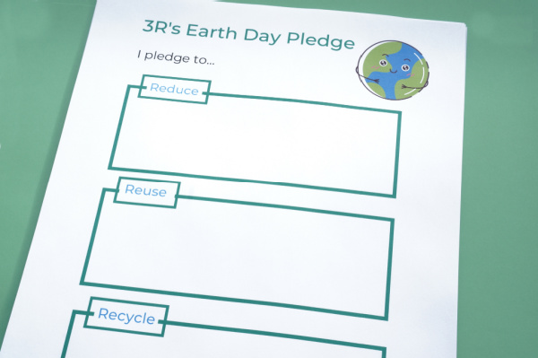 3R's Earth Day Pledge printable on table earth day activity for kids