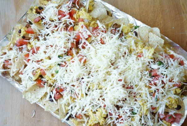 Breakfast nachos with cheese