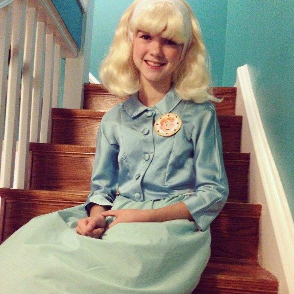 Betty costume