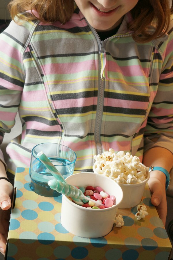 diy movie snack tray with kid