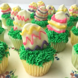 white chocolate easter egg mini cupcakes
