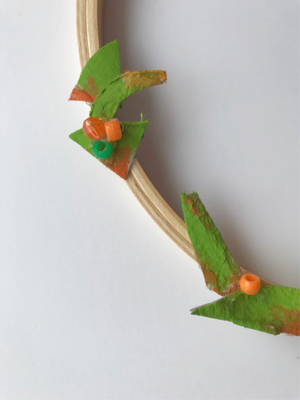 egg carton leaves on wreath