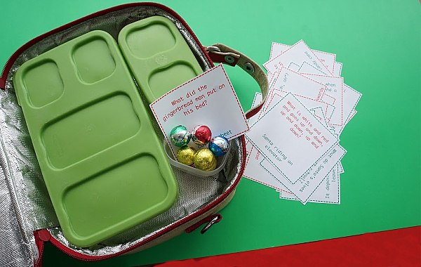 christmas jokes in lunch box
