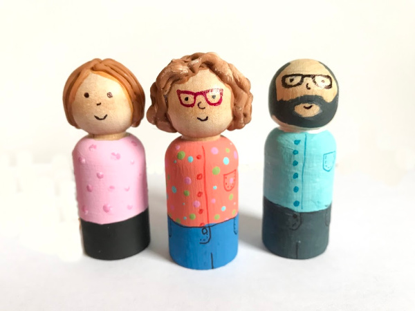 family of peg dolls personalized
