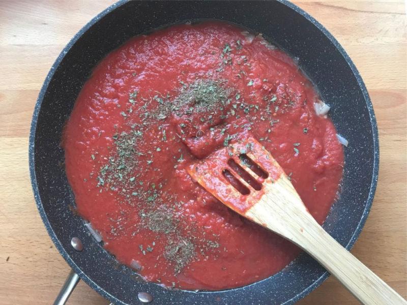 tomato pasta sauce in pan