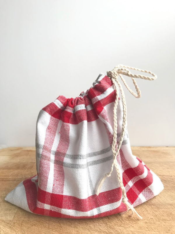 horizontal picture of tea towel bag