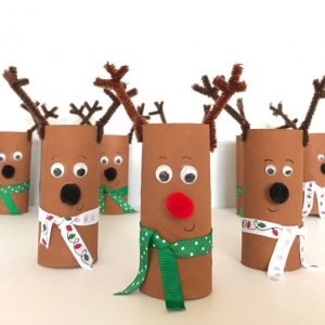 toilet paper roll reindeer craft all lined up