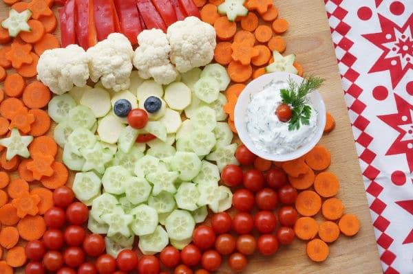 santa vegetable platter with vegetable dip