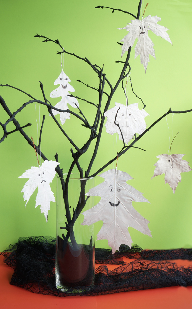 halloween tree with leaf ghosts featured image