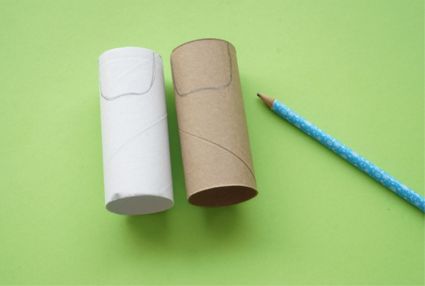 toilet paper roll santa face outline