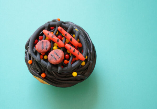 close up of single grill cupcake for father's day