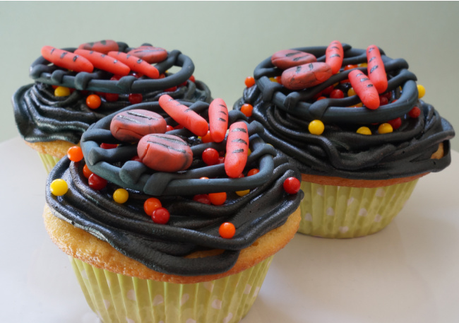 close up of three bbq grill cupcakes father's day
